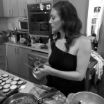 Lady Magnolia cooks an emergency vegan lunch for the Rougettes
